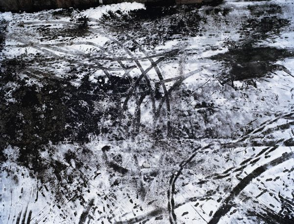 """Snow"", 2001, 125 x 155 cm, c-print on aluminium, ed. 6"
