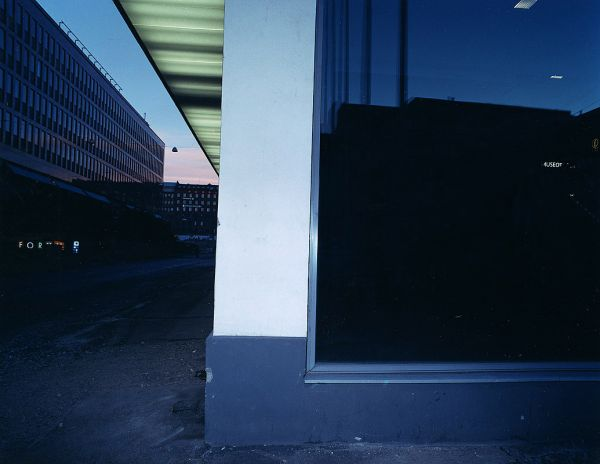 """29.4 2001 Corner of a cinema multiplex, male, cause of death: Heroin overdose"", 2002, 80 x 100cm, c-print, diasec, ed. 6"